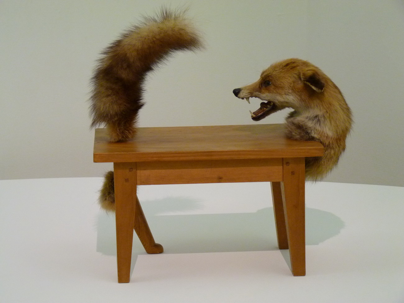 2011 mars - Victor brauner loup table ...