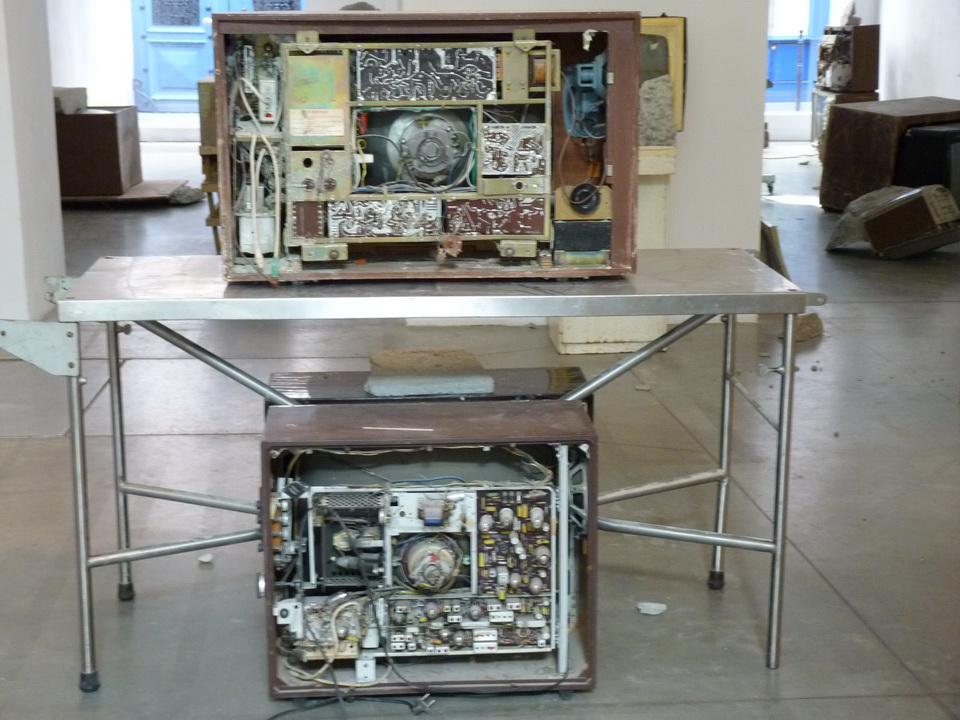 036 -2  Wolf Vostell -endogen Depression 1980   installation