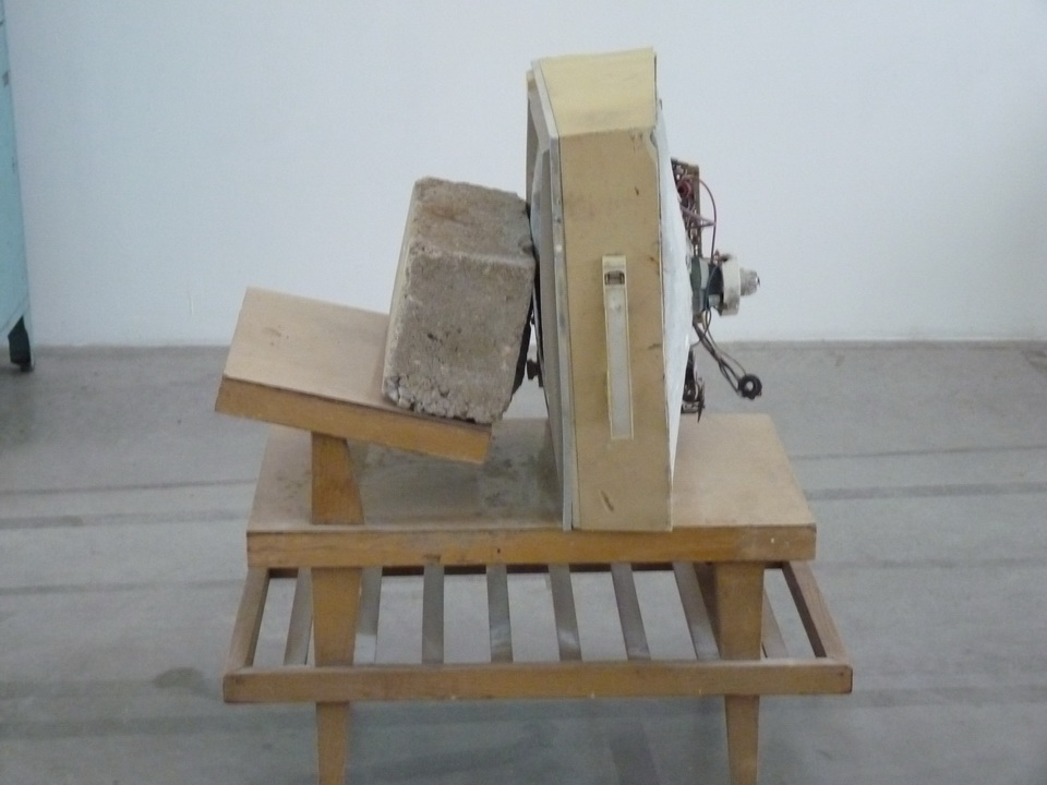 036 Wolf Vostell -endogen Depression 1980 installation