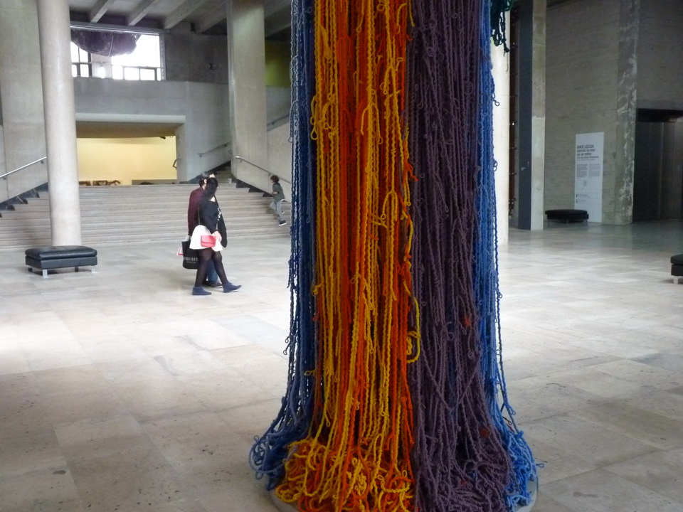 005 Sheila Hicks ne 1934 USA baoli 2014