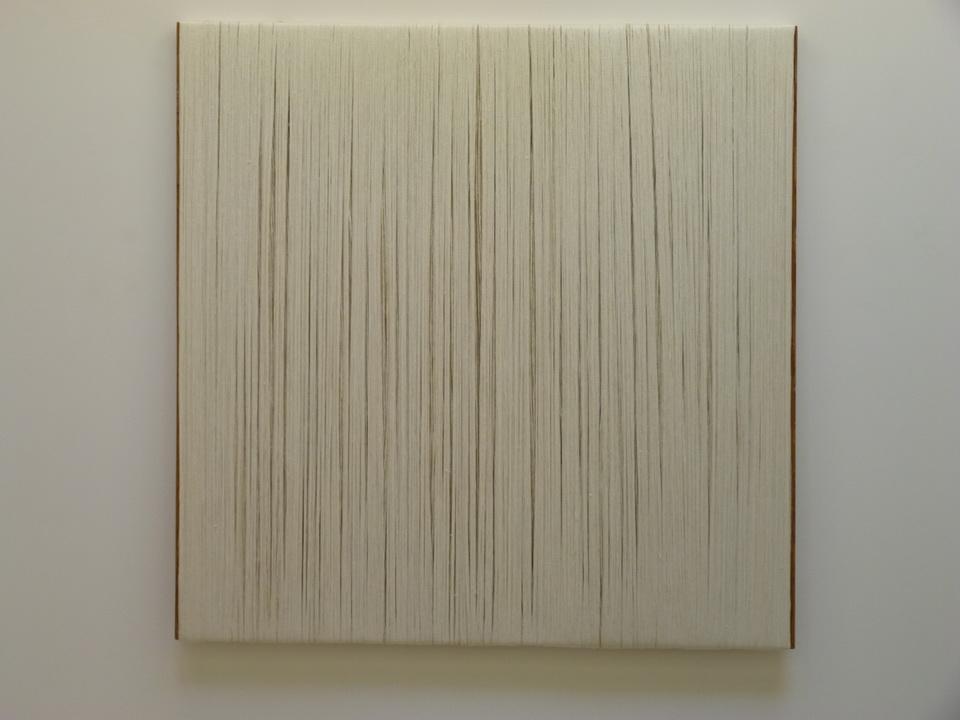 082 Sheila Hicks ne1934 le Mur Blanc   180 x 180 cm  2013