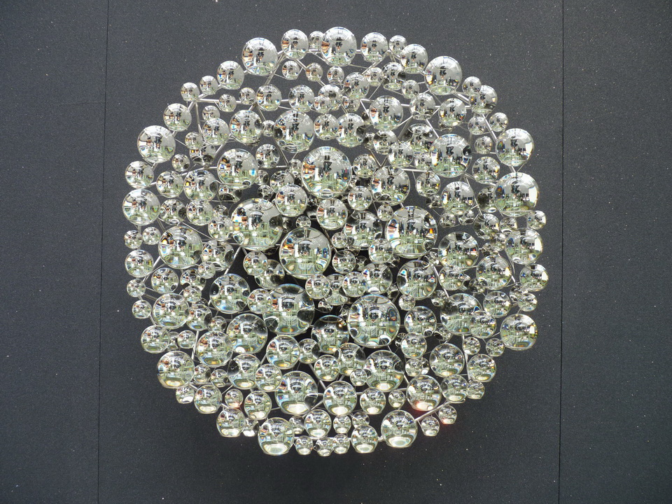 012 Olafur Elisasson dew viwer 138x56.5cm 2014 212 partially silvred crystal spheres