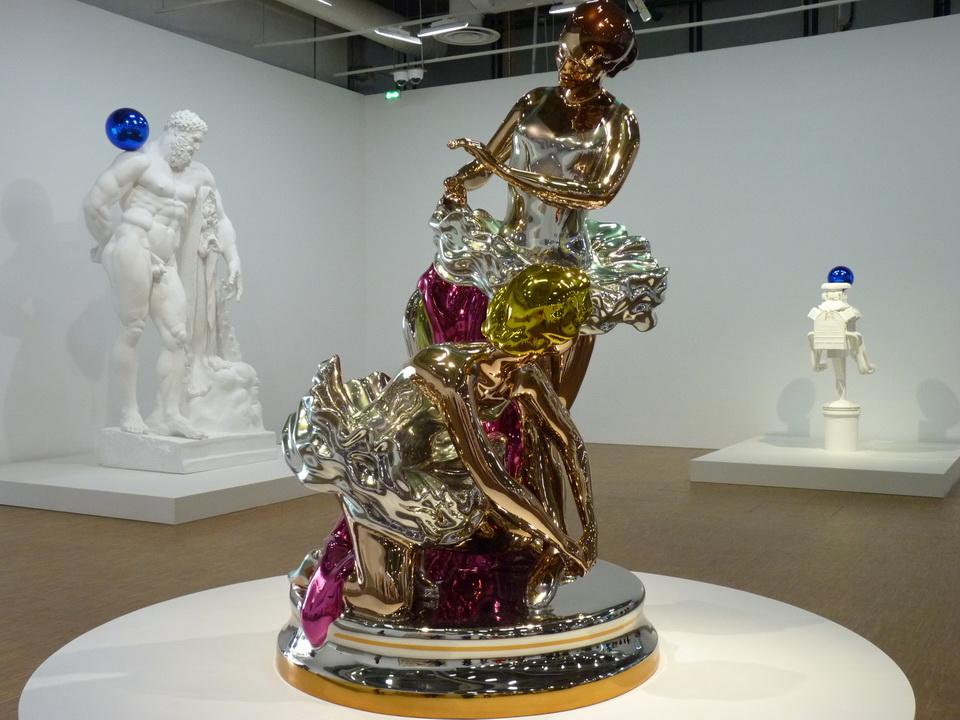 081 Jeff Koons   ballerinas  2010-2014  acier inoxydable au poli miroir et vernis trasparcet