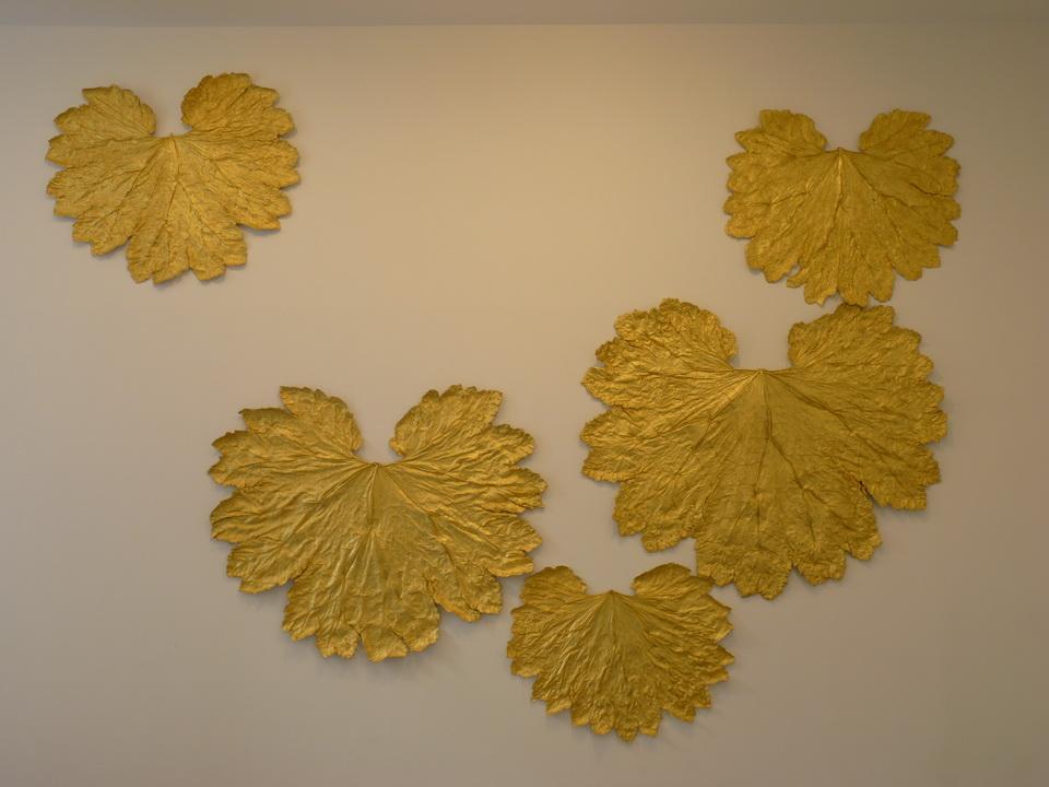 077 Lionel Esteve ne 1967sans titer serie de 58 oeuvres 2015 plantes dorees a la feuille d or