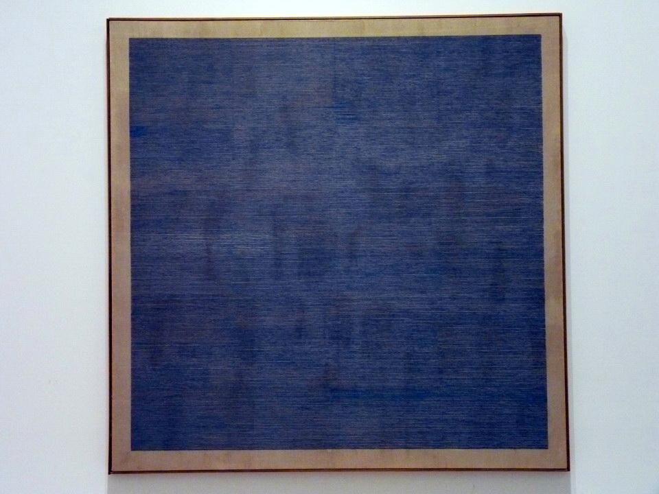 001-2 Agnes Martin 1912-2004 falling bleu 1963 huile et graphite sur lin