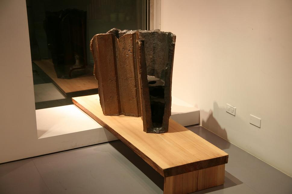 C010  非器系列 VIII  2011年在貝瑪畫廊個展時的空間裝置