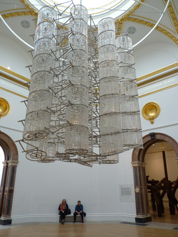 004  Ai Weiwei  bicycle chandelier 2015 bicycles and crystals