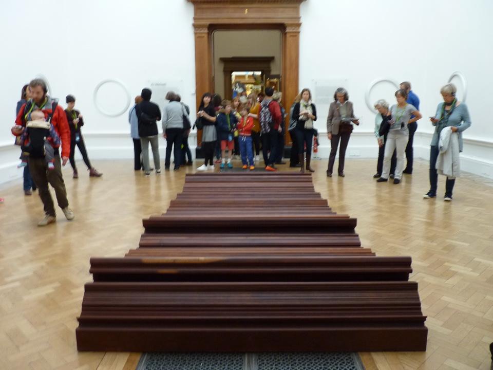 041  Ai Weiwei  untitled  2014 aluminium 14-44 displayed