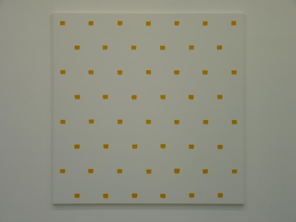 053  Niele Toroni  empreintes des pinceau n-50 a intervalles reguliers de 30cm acrylique jaune sur toile 200x200cm 2016