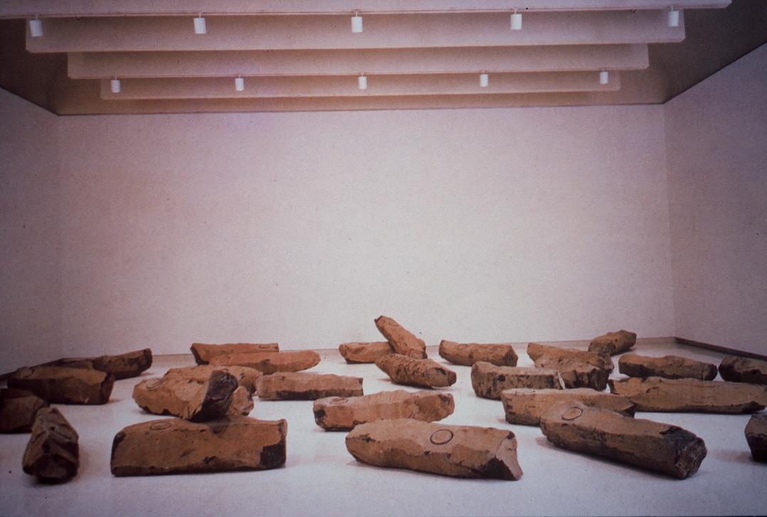 036 Joseph Beuys 二十世紀之終結 1983年 每件190×60×60