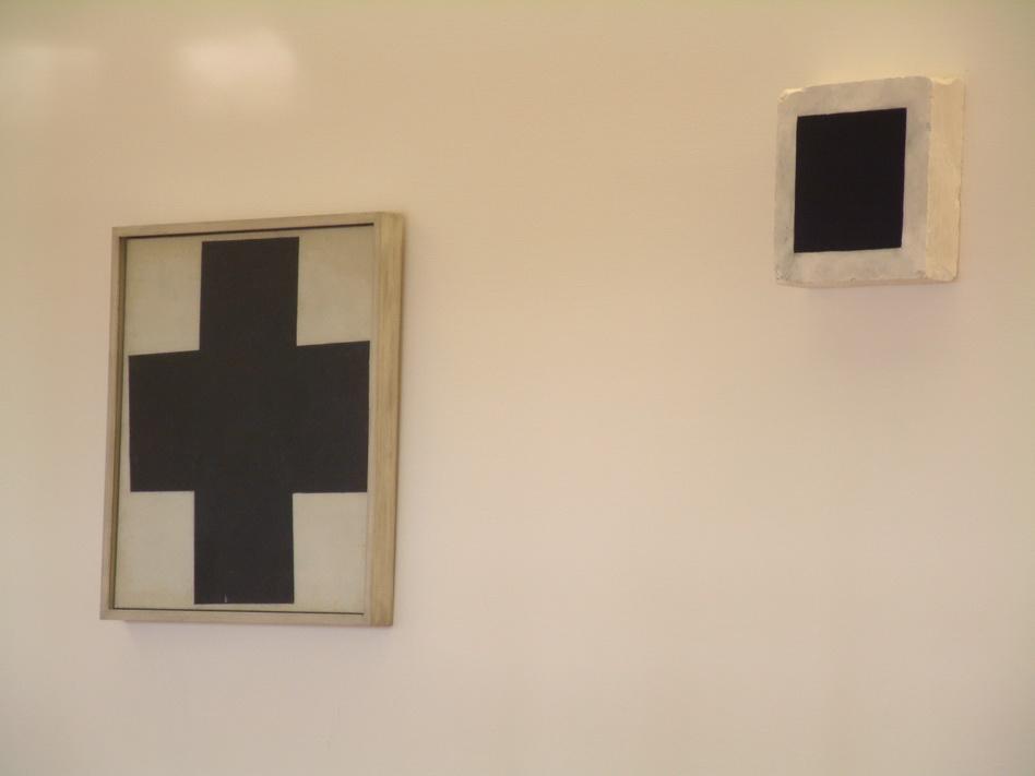 027 Malevitch (左croix noire 15右carre noire 23-30