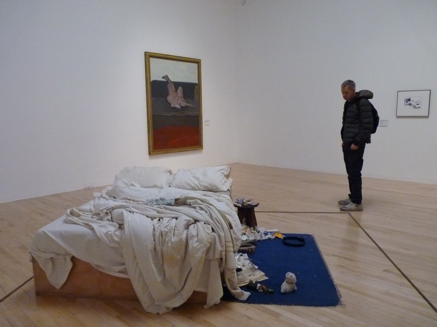 051 Tracey Emin 0 b1963 my bed 1989 box frame mattress linens pillows and various objects