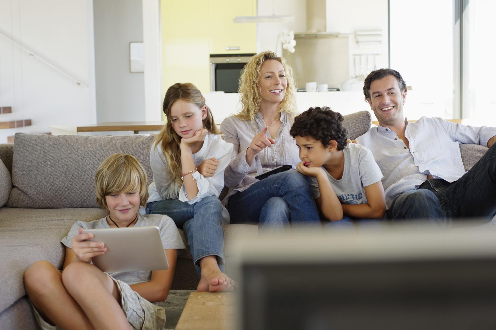 Famille - Bbox Smart TV - offre fixe triple play