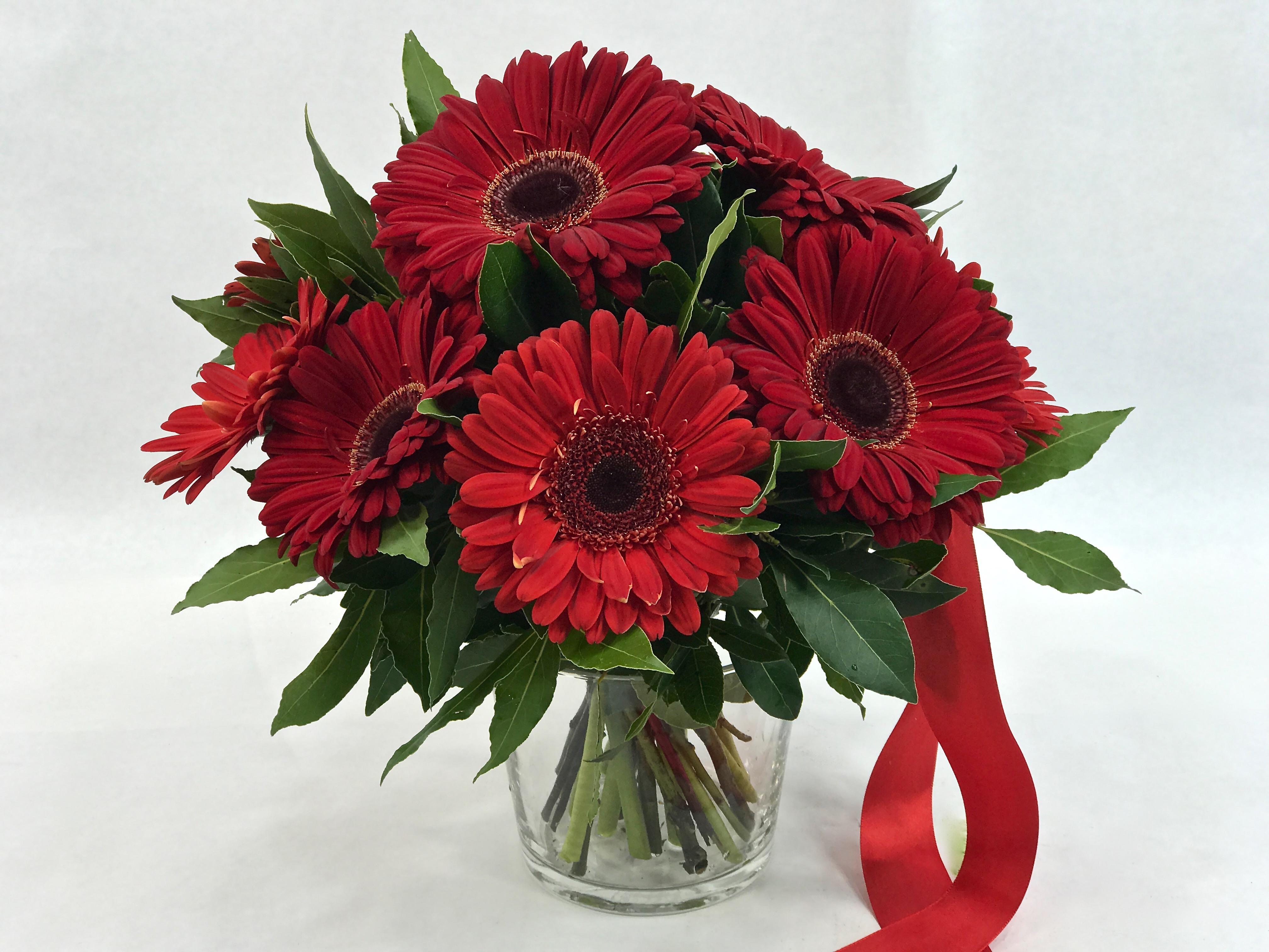Fiori X Laurea.Bouquet Per Laurea Con Prevalenza Di Fiori Rossi Fiorit Fiori A