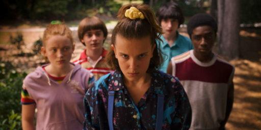 Tu a remarqué cette scène post-générique qui annonce une saison 4 de Stranger Things?