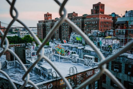 Bruxelles: un projet de fresque murale risque de faire disparaitre une partie de l'histoire du graffiti