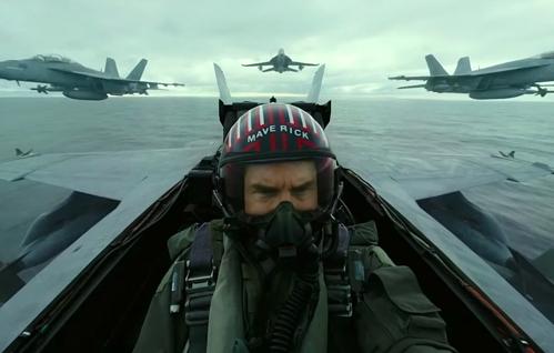 33 ans après, Tom Cruise est de retour en tant que Pete Mitchell pour Top Gun 2