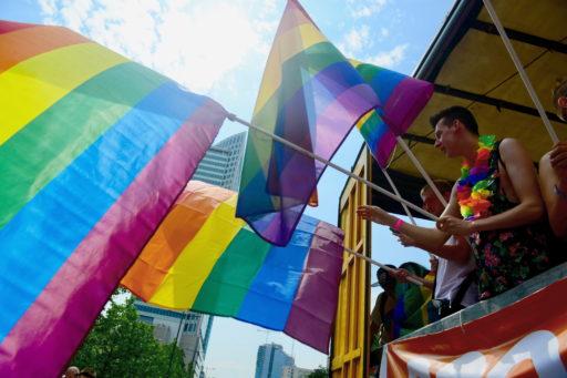 """Un magazine polonais va distribuer des stickers """"zone sans LGBT"""" dans son prochain numéro"""
