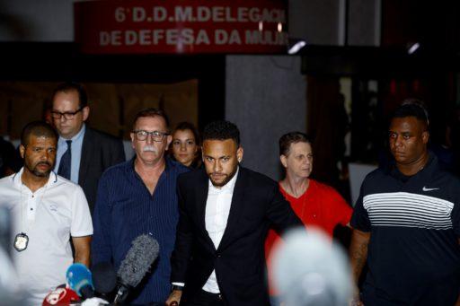 Faute d'indices suffisants, le parquet ne devrait pas poursuivre Neymar pour viol