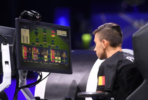 Ce week-end, c'est la Coupe du monde de FIFA et un Belge pourrait bien ramener la coupe à la maison