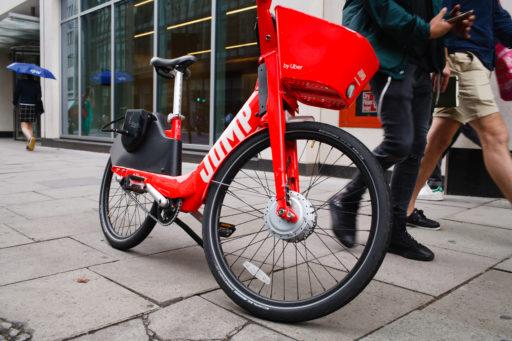 Vélo électrique ou vélo classique? Lequel demande le plus d'énergie? Prépare-toi à être surpris