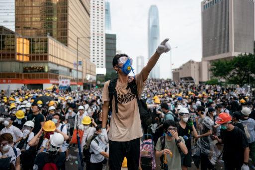 Presque 1.000 comptes Twitter propageaient de fausses informations sur les manifestations à Hong Kong