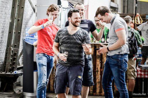 Plonge-toi dans le houblon pour le BXLBeerFest qui débarque ce weekend à Tour & Taxis