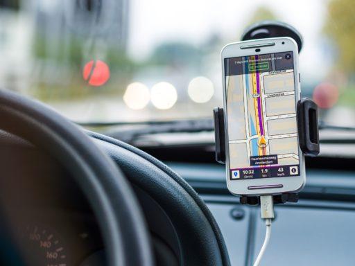 navigation GPS - Waze ou Coyote?