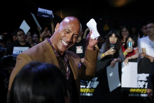 Du haut de sa montagne de muscles, The Rock trône sur le classement des acteurs les mieux payés en 2019