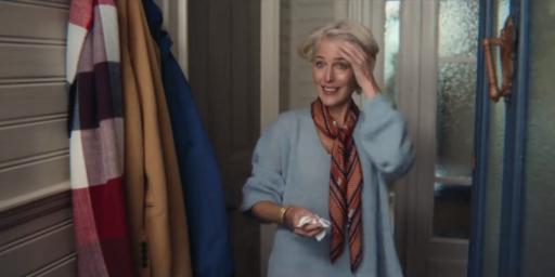 """Casting de génie: Gillian Anderson jouera Margaret Tatcher dans la saison 4 de """"The Crown"""" (confirmée)"""