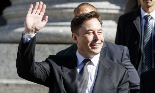 Elon Musk dévoile sa fusée censée coloniser Mars et entièrement réutilisable