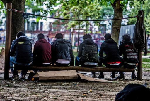 """Le CIRÉ met en garde contre les fausses informations autour d'une nouvelle """"crise des migrants"""" en Belgique"""