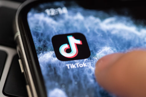 TikTok sur le toit du monde avec 87 millions de téléchargements en juin, mais est-ce que ça va durer?