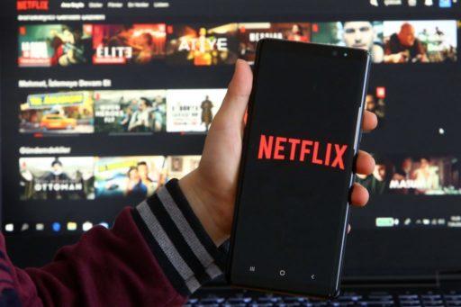 Netflix relance une période d'essai à 99 cents si tu as de la chance ou 3,99€ si tu es un chat noir