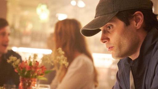 """La saison 3 de """"You"""" est sur les rails: la production partage la première photo du tournage"""