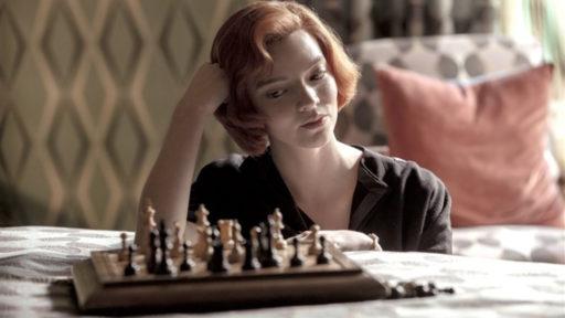 """La série """"Le Jeu de la Dame"""" bat un record sur Netflix"""