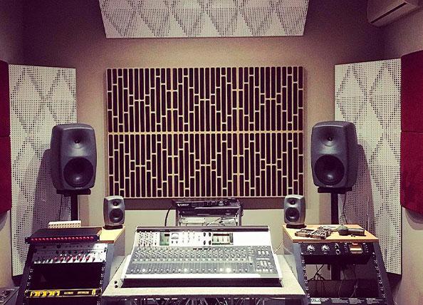 tratamiento acústico de estudios de grabación y radiodifusión