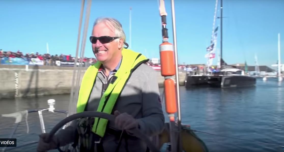 Jean-Luc manoeuvre de bateau Route du rhum