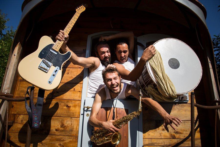 Taraf Dilo en trio