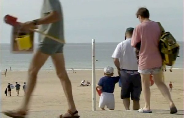 descente plage documentaire