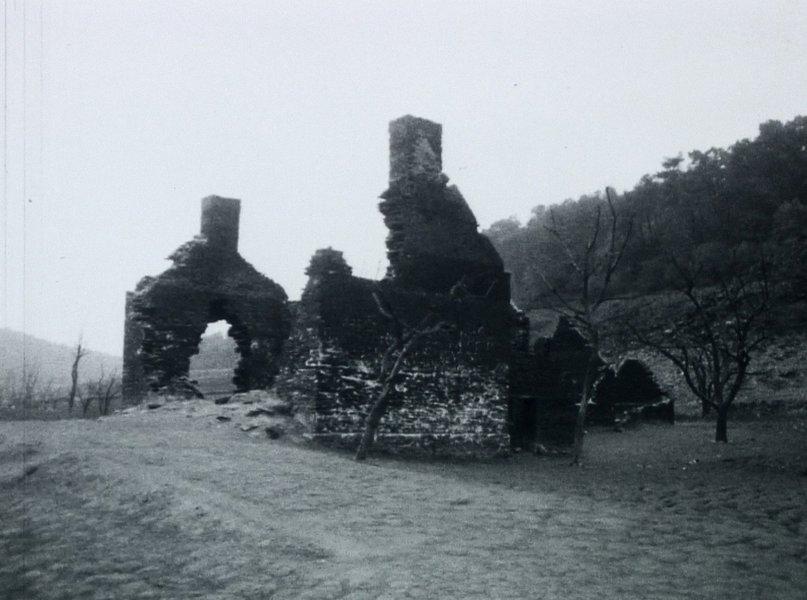 eaux dormantes ruines