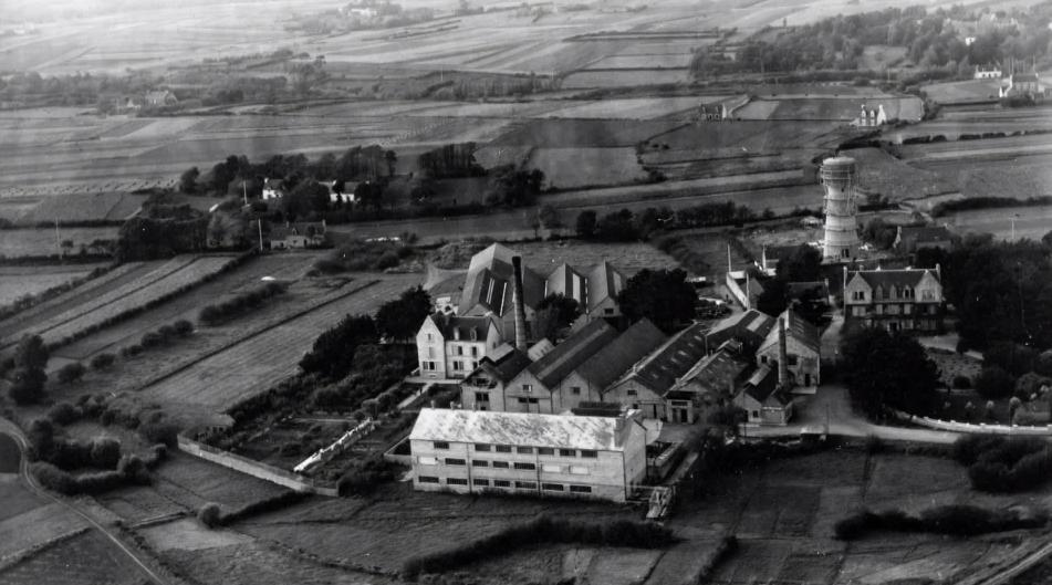 photo d'archive - usine Hénaff