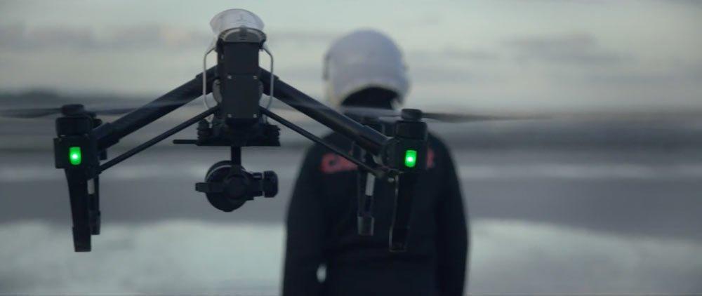 le drone cascadeur