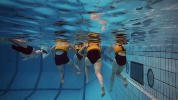 Nage en gilet piscine - Apnées statiques interdites
