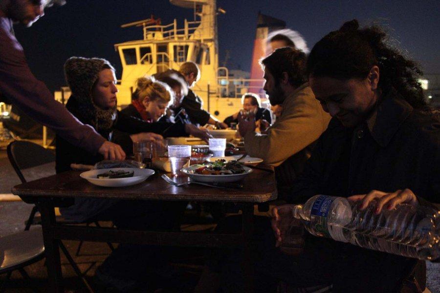 tard sur le port KuB
