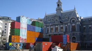 Installation de Teatro Container