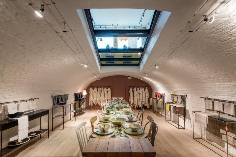 ampm ouvre un nouveau magasin au c ur du vieux lille la redoute corporate. Black Bedroom Furniture Sets. Home Design Ideas