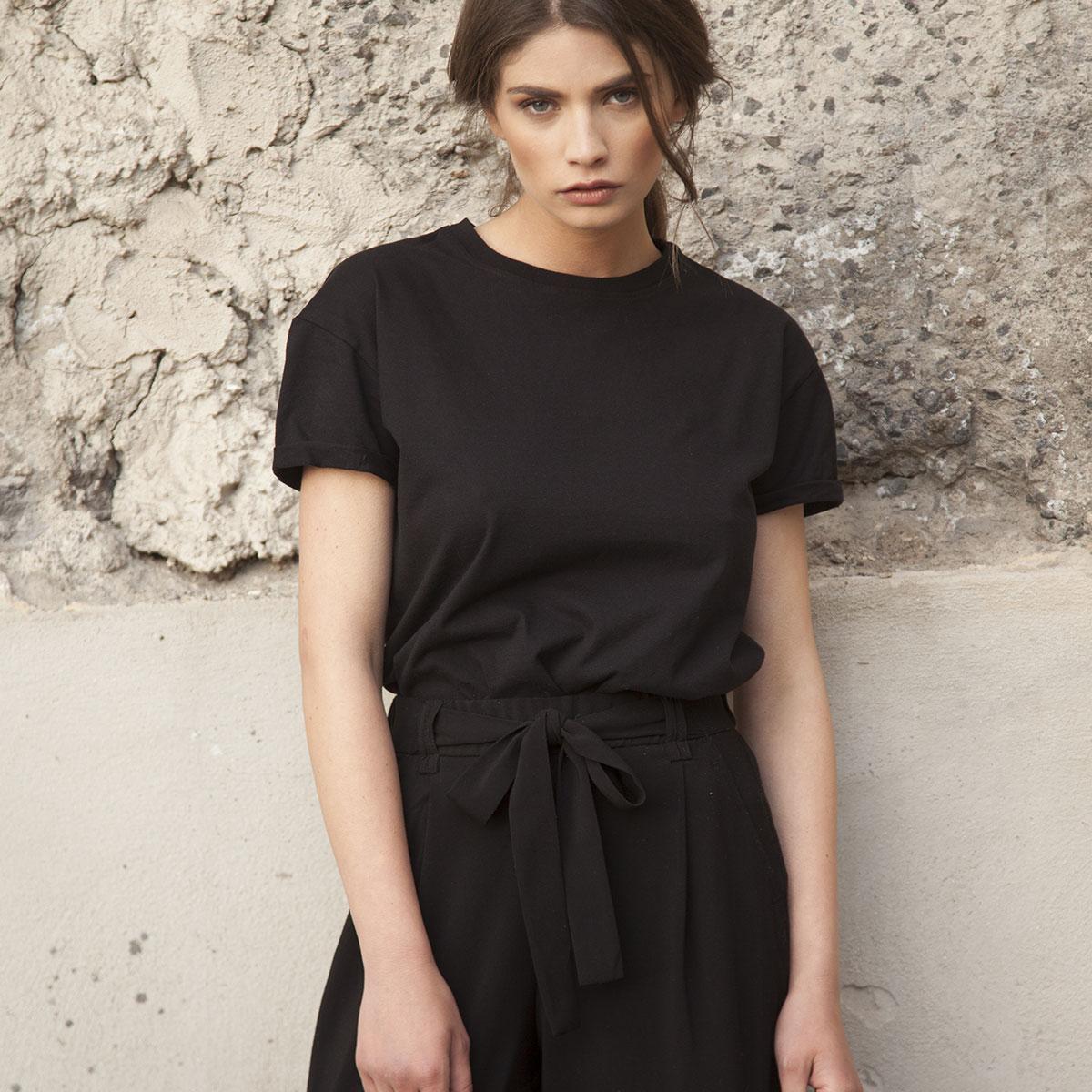 Linda Raff Collection -T-Shirt BERNI Black