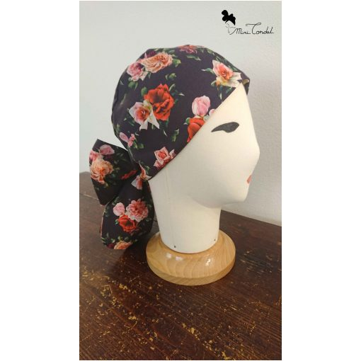 Turbante nero con rose