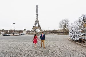 Photosession at the Eiffel tower. Paris photographer